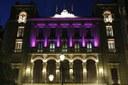 Aquest vespre la façana de la Paeria s'il·luminarà amb llum de color rosa amb motiu del Dia Mundial Contra el Càncer de Mama