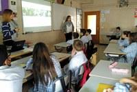 Un millar de alumnos de escuelas de la ciudad participan en las charlas escolares de Down Lleida