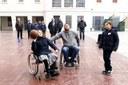 """Sesenta alumnos del colegio Lestonnac participan en la gincana """"Vive las discapacidades"""""""