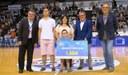 Cheque solidario del Circuito de Pretemporada de la ABC a la asociación Down Lleida
