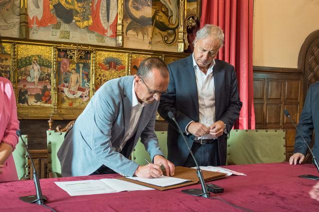 """L'Ajuntament de Lleida i l'Obra Social """"la Caixa"""" renoven els projectes per a la integració social de les persones sense llar i afavorir la infància en situació de risc"""